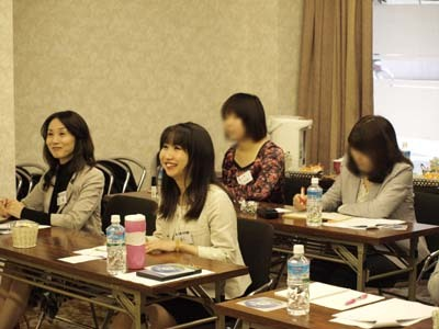 10 美人 笑顔1.jpg
