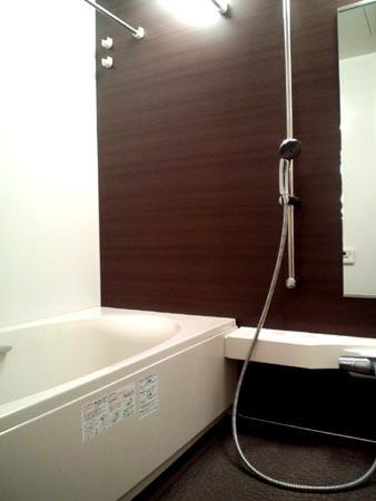 1 バスルーム.jpg