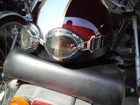 1 ヘルメット.jpg
