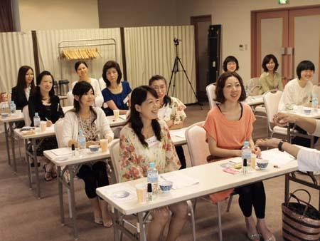 12 美人 仙台 プログラム笑顔.jpg