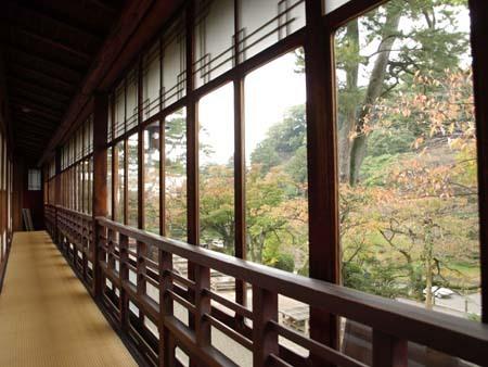 1 美人 茶屋の窓からの景色.jpg