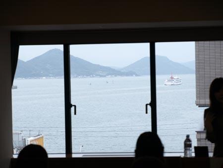 1 高松会場海を見ながら.jpg