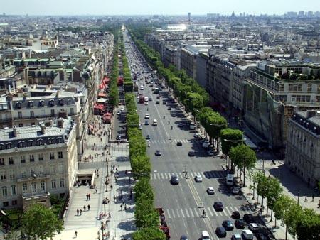 1フランス 凱旋門の上から.jpg