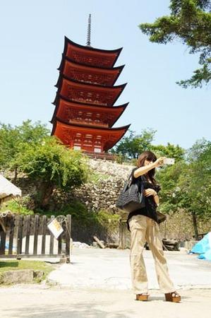 1宮島 五重の塔前自分撮り.jpg