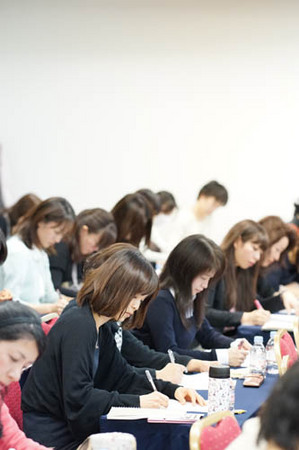 1東京 真ん中ワーク中.jpg