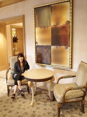 1紫山 ロイヤルホテル廊下.jpg