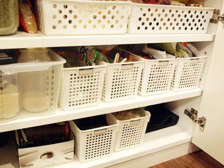 1食器棚の下.JPG