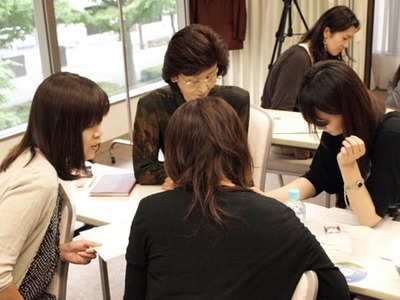 22 仙台 ワーク中4人.jpg