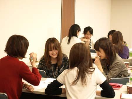 2 福岡 グループワーク中1.jpg