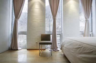 3 美人 寝室.JPG