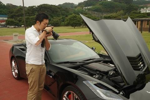 アメ車 エンジンルーム撮影.jpg