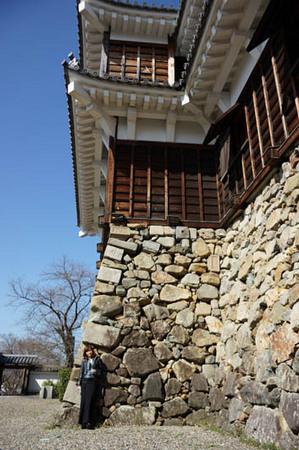 福知山 お城の城壁とワタナベ.jpg