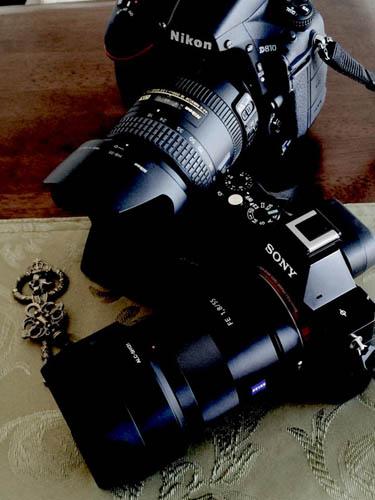 FBネタ 二つのカメラ.jpg